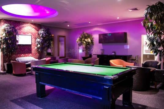 Langtrees Escorts Lounge